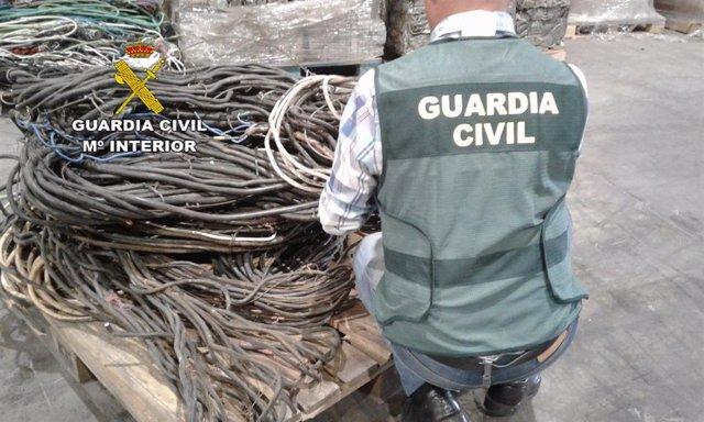 Sucesos.- Cinco detenidos por robar 320 kilos de cobre y material agrícola en varios pueblos de León