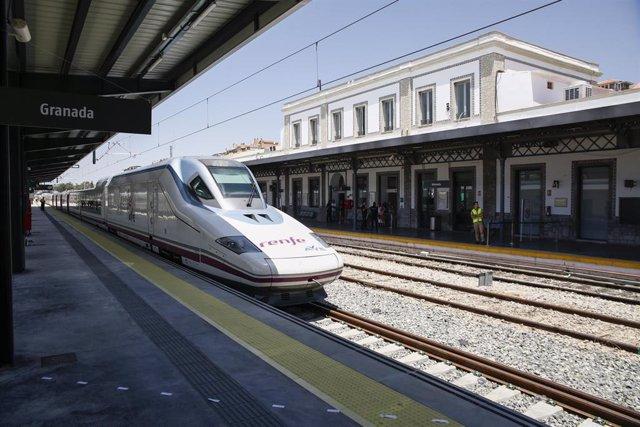 AVE a Granada, en imagen de archivo