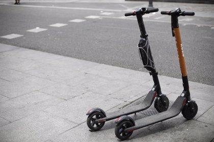 Barcelona intensifica sanciones a las empresas de patinetes eléctricos compartidos