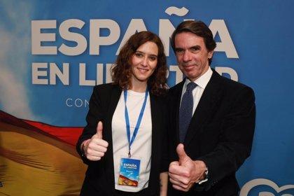 """Aznar 'bendice' la elección en Madrid de Ayuso y dice que representa la """"tensión renovadora"""" del PP"""