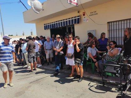Concentración en el barrio San Rafael de Alcalá apoyada por Adelante en demanda de mejores servicios públicos