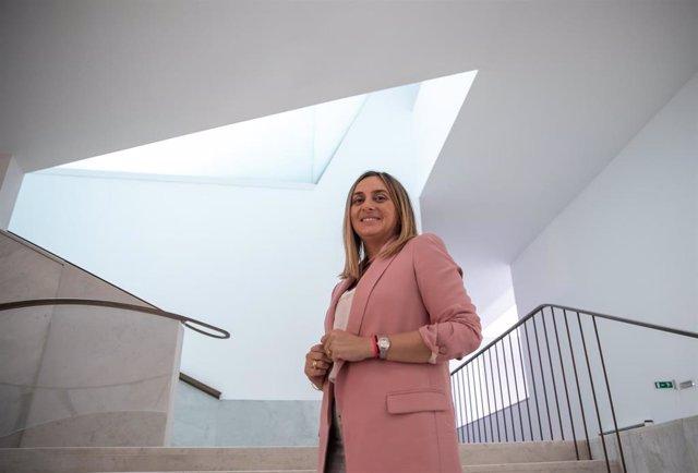 La Consejera de Fomento, Infraestructuras y Ordenación del Territorio, Marifrán Carazo Villalonga durante su entrevista con Europa Press.