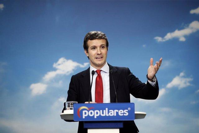 El president del PP, Pablo Casado, ofereix una roda de premsa després de la reunió de la Junta Directiva Nacional del partit a la seva seu, en la qual s'ha aprovat la nova estructura del Partit Popular.