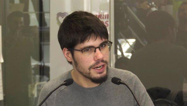 El secretario general de Podemos Euskadi, Lander Martínez, durante un rueda de prensa (archivo)