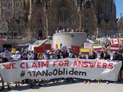 Els CDR reclamen davant la Sagrada Família explicacions sobre l'atemptat (CDR)
