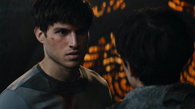 Cameron Cuffe como Seg-El en Krypton