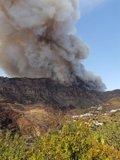 """Desalojan el casco urbano de Tejeda por el incendio de nivel 2 de Gran Canaria, un fuego de """"gran potencial"""""""