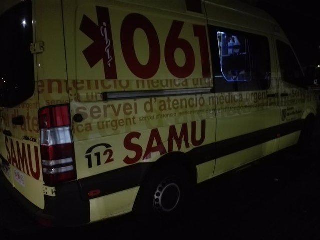Una ambulància del 061, en un servei nocturn.