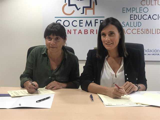 La alcaldesa de Santander, Gema Igual , y la presidenta de COCEMFE, María Lina Fernández, firman el convenio