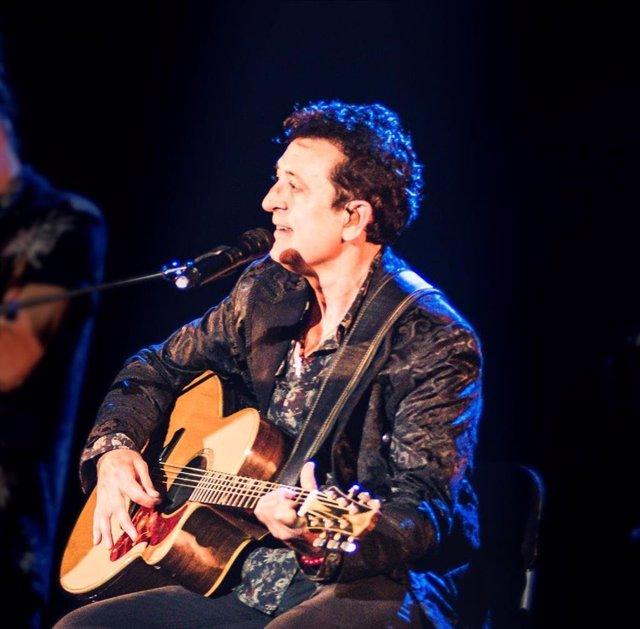 Manolo García actuar en el 57 Festival de Porta Ferrada