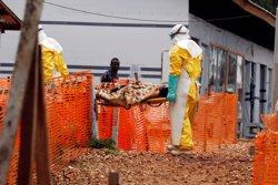 Localitzat un cas d'Ebola en una zona remota de RDC controlada per una milícia (REUTERS / BAZ RATNER)