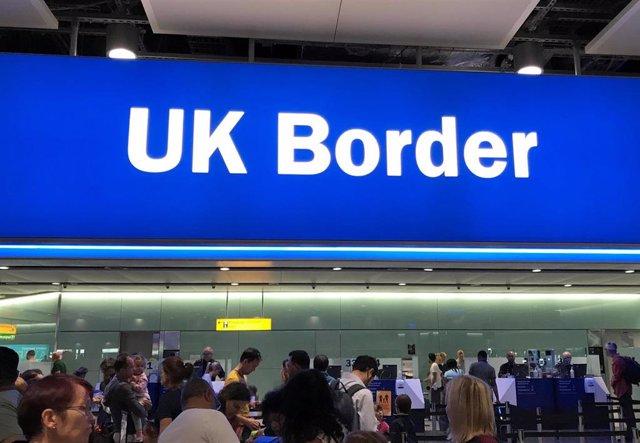 Control de fronteras en el aeropuerto de Heathrow