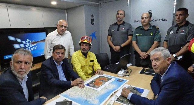 """Incendios.- Planas reconoce que la situación del incendio de Gran Canaria es """"mu"""