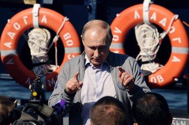 """Rússia acusa els EUA d'augmentar la """"tensió militar"""" amb l'assaig d'un míssil (Dmitry Azarov)"""