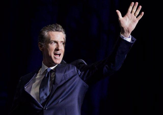 El gobernador de California, Gavin Newsome