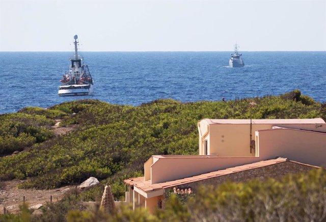 Europa.- Un buque de la Armara española recogerá a los migrantes del Open Arms e
