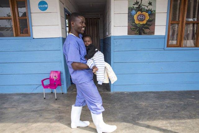 """RDCongo.- UNICEF alerta de la """"vulnerabilidad"""" de los niños frente al ébola tras"""