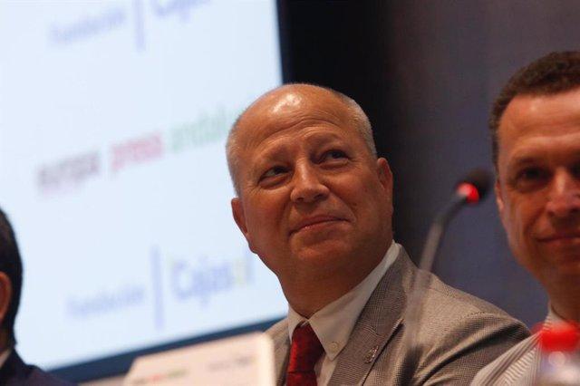 El consejero de Educación y Deporte, Javier Imbroda, en el Desayuno Informativo de Europa Press.