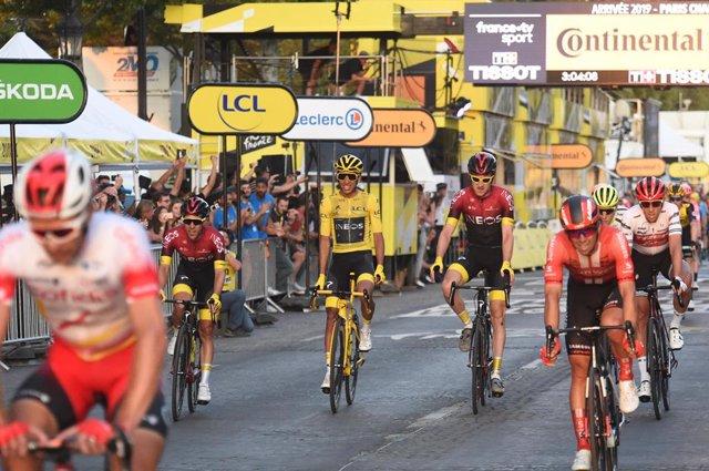 Ciclismo/Vuelta.- El Ineos se presenta en La Vuelta sin Egan Bernal ni Geraint T