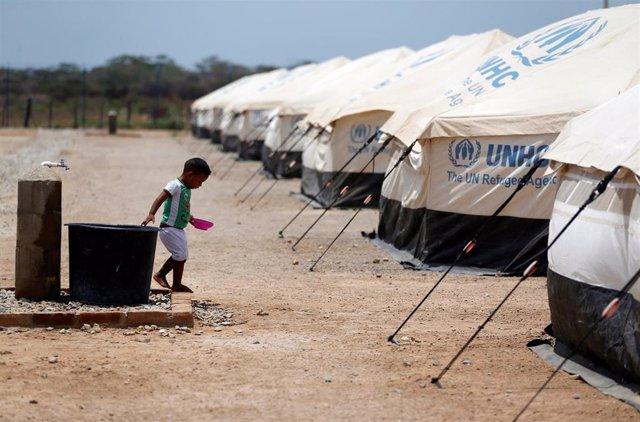 Campo para migrantes venezolanos en Maicao