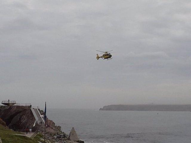 Helicóptero en el dispositivo de búsqueda.
