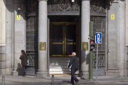 El Tribunal de Cuentas detecta 'troceos' y prórroga ilegal de contratos menores por parte de la CNMC