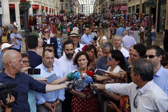 La vicepresidente en funciones del Gobierno, Carmen Calvo, en la feria de Málaga