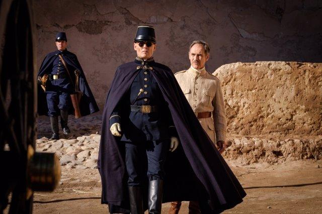 Imagen de la película 'Waiting for the barbarians', protagonizada por Johnny Depp