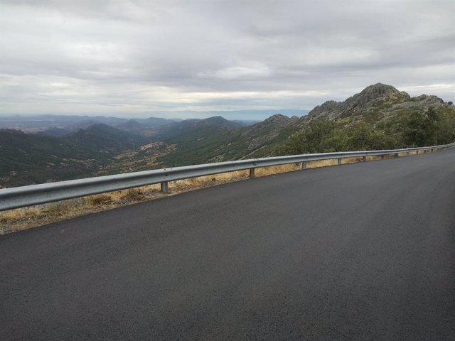 Las obras de la carretera al Pico Villuercas concluirán en otoño