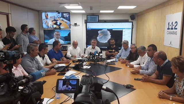 Rueda de prensa para informar sobre el incendio de Gran Canaria