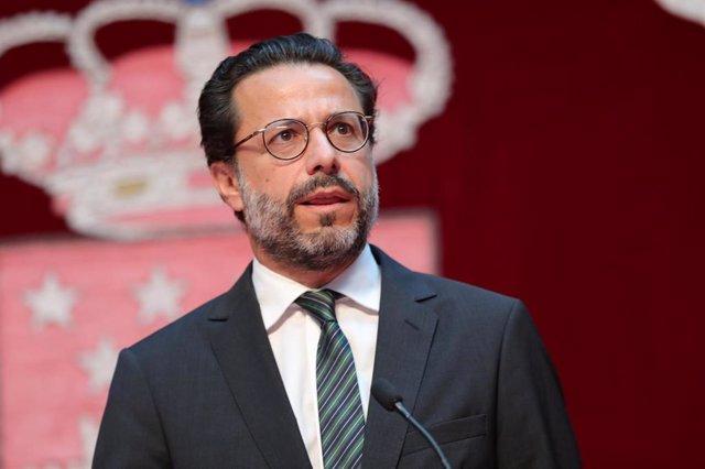 Imagen del consejero de Hacienda y Función Pública de la Comunidad de Madrid, Javier Fernández-Lasquetty durante el acto de toma de posesión de los consejeros del Ejecutivo regional.