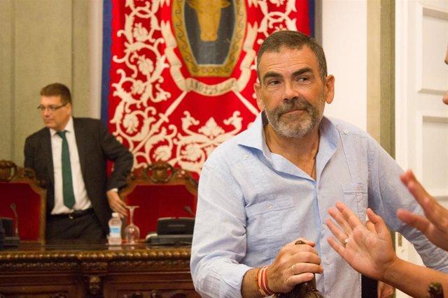 El portavoz del Grupo municipal MC Cartagena, José López, en el Pleno Extraordinario del Mar Menor