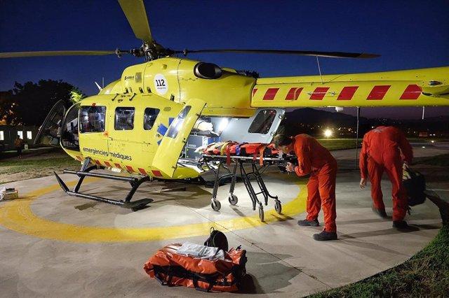 El SEM implanta el vuelo nocturno de helicópteros medicalizados para pacientes graves y críticos.