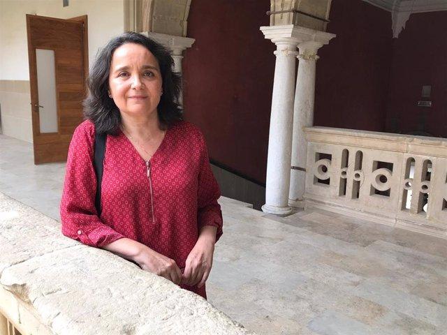 Purificació Gómez, doctora en Dret per la Universitat de Jaén i experta en atenció a les catàstrofes naturals que afecten els agricultors de l'olivar, en els cursos de l'UNIA.