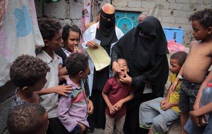 UNICEF y la OMS vacunan contra el cólera en Yemen a 400.000 personas, entre ellas 65.000 niños menores de cinco años