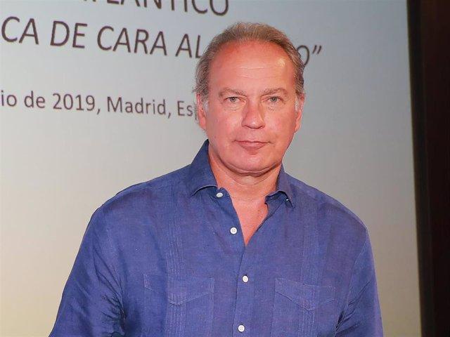BERTIN OSBORNE, MARIO VARGAS LLOSA Y FELIPE GONZALEZ PARTICIPAN EN EL FORO ATLÁNTICO EN LA CASA DE AMERICA