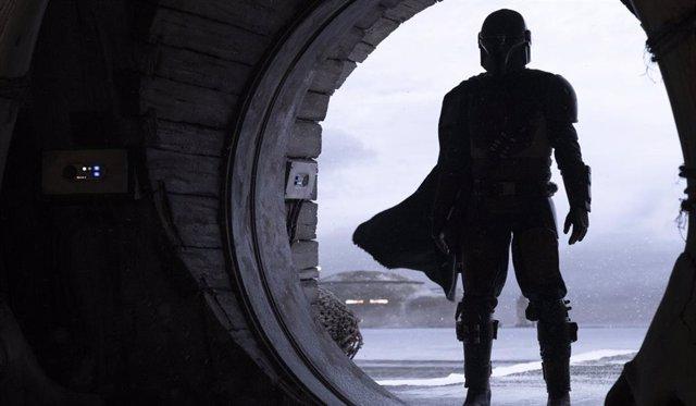 Imagen de El mandaloriano, la serie de Star Wars para Disney+
