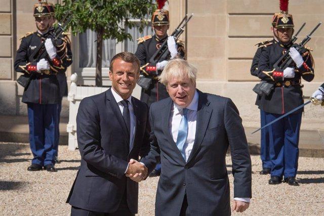 """Brexit.- Johnson asegura que Londres no introducirá controles en la frontera """"ba"""