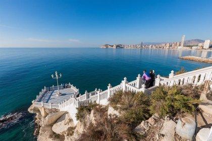 """Hosbec ve la tasa turística como """"política vendehumos por incapacidad"""""""