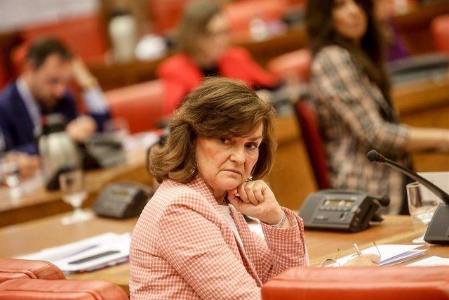 La vicepresidenta del Govern, ministra de la Presidncia, Relacions amb les Corts i Igualtat, Carmen Calvo, durant la treunión de la Diputació Permanent al Congrés dels Diputats.