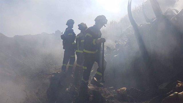 [Grupodeportes] Fotonoticia: Los Bomberos De Lanzarote Asisten En Las Labores De