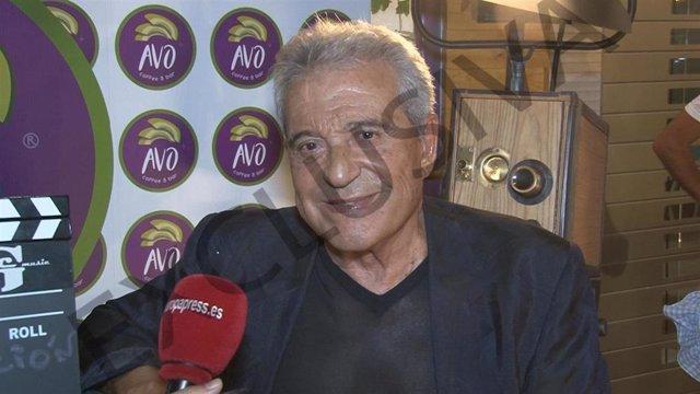 Andrés Pajares en la inauguración de un restaurante