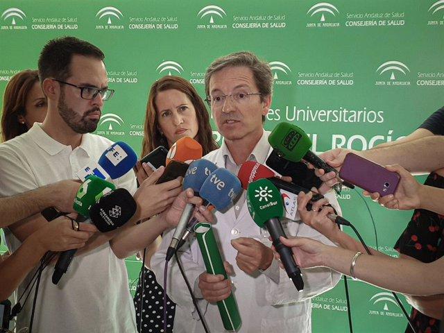 Comparecencia del portavoz de la Consejería de Salud y Familias, José Miguel Cisneros, para abordar las últimas novedades del caso de brote de listeriosis. En el Edificio de Gobierno del Hospital U. Virgen del Rocío.