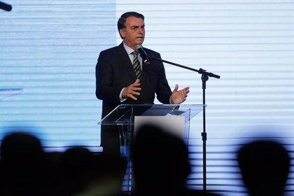 Brasil.- Bolsonaro sopesa enviar al Ejército para ayudar a extinguir los incendios en el Amazonas