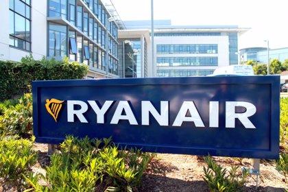 Ryanair inicia un ERE para 512 empleados tras confirmar cierre de las bases de Las Palmas, Tenerife, Girona y Lanzarote