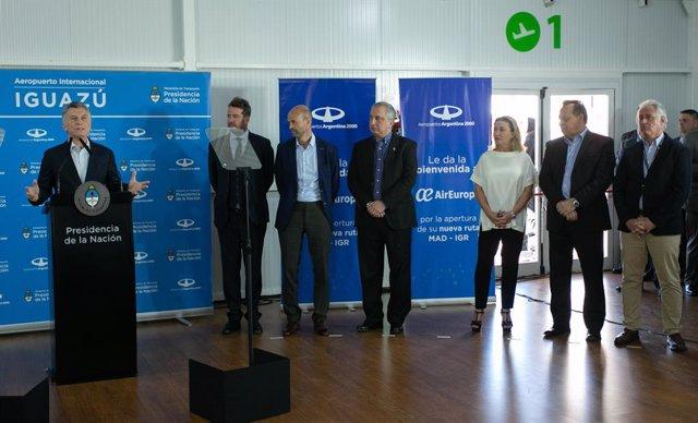 Macri en el acto de inauguración oficial de la ruta de Air Europa a Iguazú