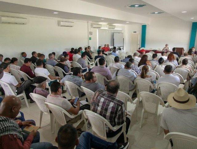 El partido FARC durnate el IV Pleno del Consejo Nacional de los Comunes