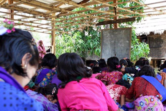 Niñas rohingya en Bangladesh