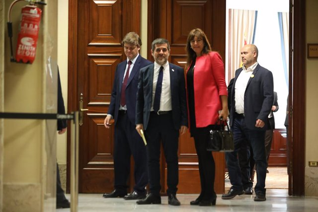 El diputat de JxCat suspès al Congrés Jordi Sànchez surt del Congrés dels Diputats (arxiu)