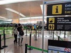Comença amb normalitat el primer dia de vagues simultànies a l'aeroport de Barcelona (EUROPA PRESS)